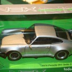 Coches a escala: PORSCHE 911 TURBO 3.0 1974 PLATA 1/24 WELLY. Lote 109345959