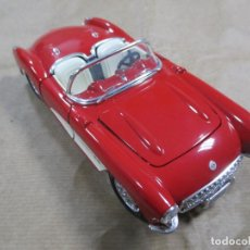 Coches a escala: ANTIGUO COCHE DE METAL. BURAGO. CHEVROLET CORVETTE 1957. MADE IN ITALY. 18.5 CM. Lote 138102906