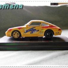 Coches a escala: BURAGO PORSCHE 911 CARRERA RACING (1993) 1/24 VER FOTOS PARA ESTADO. Lote 142447718