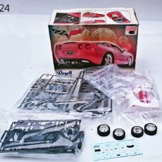 Coches a escala: REVELL KIT 2005 CHEVROLET CORVETTE C6. Lote 96622659
