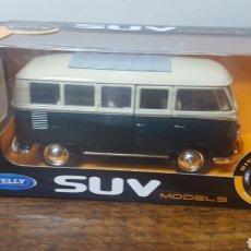 Coches a escala: VOLKSWAGEN T1 BUS 1963.. Lote 165391858