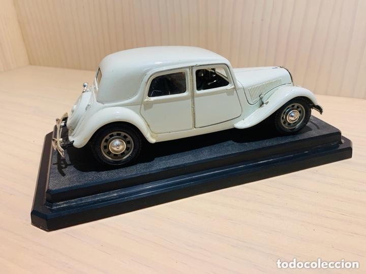 Coches a escala: CITROEN 15 CV TA 1938 - BURAGO 1/24 - Foto 4 - 172616298