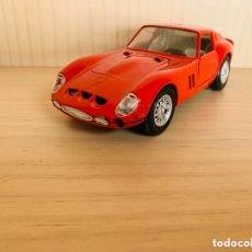 Coches a escala: FERRARI 250 GTO (1962) - COCHE DE CALLE 1:24 - GUILOY. Lote 173646495