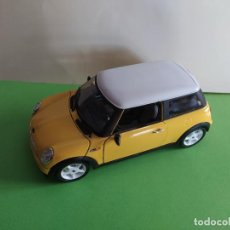 Coches a escala: BURAGO 1/24 MINI COOPER MADE IN ITALY. Lote 191242531