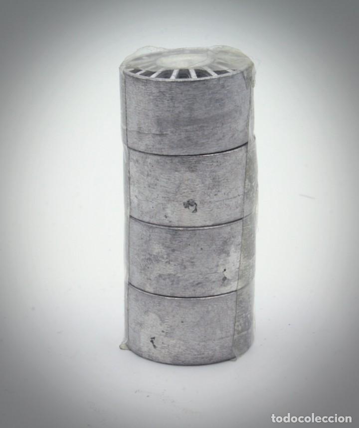 Coches a escala: Juego de LLantas de Competición en metal blanco para escala 1/24. - Foto 2 - 194727186