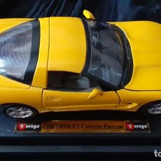 Coches a escala: BURAGO. CHEVROLET CORVETTE PACE CAR. 1997. ESCALA 1/24.. Lote 196154180