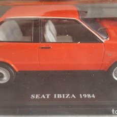 Coches a escala: SEAT IBIZA 1984, ESCALA 1:24 NUEVO EN SU BLISTER SIN ABRIR (CON FASCICULO) (COCHES INOLVIDABLES). Lote 214332108
