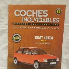 Coches a escala: SEAT IBIZA 1984 Y LIBRO COCHES INOLVIDABLES. Lote 262884580