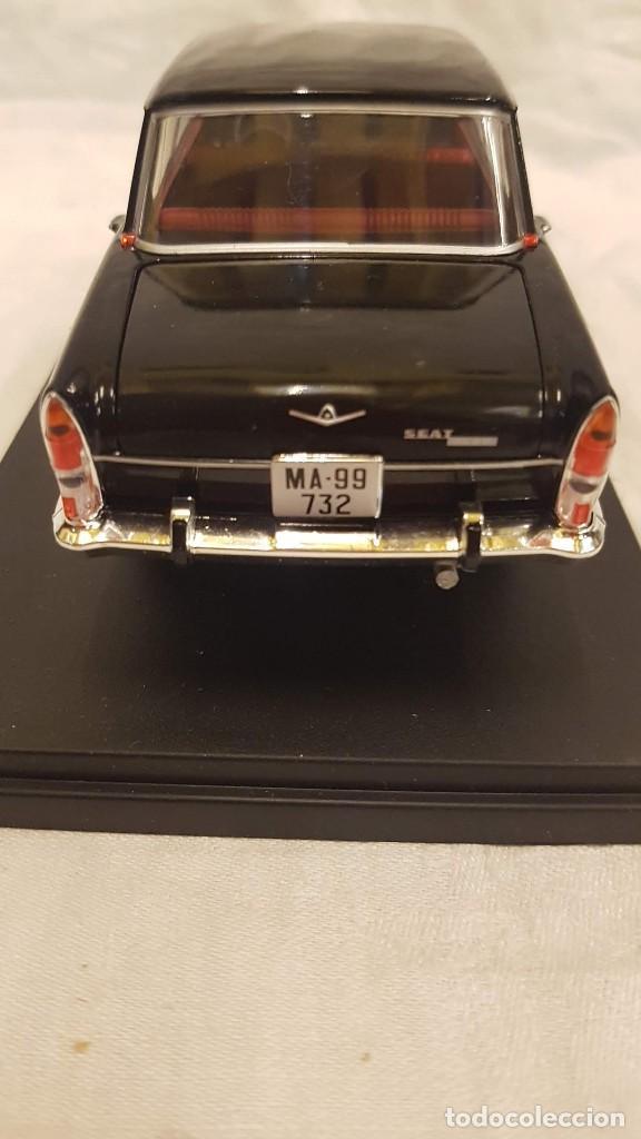 Coches a escala: SEAT 1500 AÑO 1971 Y LIBRO COCHES INOLVIDABLES SALVAT - Foto 5 - 266558323