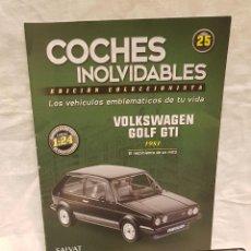 Coches a escala: VOLKSWAGEN GOLF GTI AÑO 1981 Y LIBRO COCHES INOLVIDABLES SALVAT. Lote 266560243