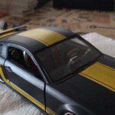 Coches a escala: COCHE FORD MUSTANG GT 2006 ESCALA 1/24 MAISTO. Lote 294787663