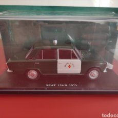 Coches a escala: SEAT 124 D 1973, RADAR GUARDIA CIVIL, 1/24, SALVAT.. HISTÓRICOS ESPAÑOLES.. Lote 295798538