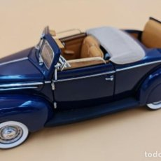 Coches a escala: FRANKLIN MINT - 1:24 - FORD DELUXE CONVERTIBLE COUPE 1939 - COLOR AZUL. Lote 297042683