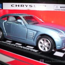 Coches a escala: CHRYSLER CROSSFIRE DE NEW RAY DE METAL ESC. 1,32. Lote 30175142