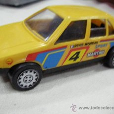 Coches a escala: ANTIGUO PEUGEOT AMARILLO MADE IN SPAIN. Lote 29229296