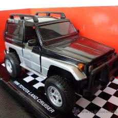 Coches a escala: 1/32 - TOYOTA LAND CRUISER CLASSIC. Lote 35848374