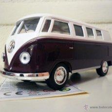 Coches a escala: VOLKSWAGEN CLASSICAL BUS 1962 (MORADO). Lote 51552265