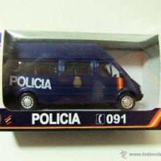 Coches a escala: FURGONETA FORD TRANSIT POLICIA NACIONAL ESPAÑA - NEWRAY NEW RAY ESCALA 1:32 PLÁSTICO FURGÓN COCHE. Lote 157276880