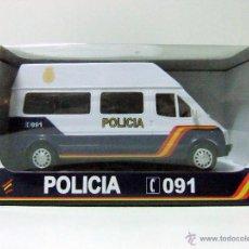 Coches a escala: FURGONETA FORD TRANSIT POLICIA NACIONAL ESPAÑA - NEWRAY NEW RAY ESCALA 1:32 PLÁSTICO FURGÓN COCHE. Lote 141813582