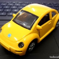 Coches a escala: VOLKSWAGEN BEETLE - ESC. 1/32 DE NEW RAY. Lote 74872579