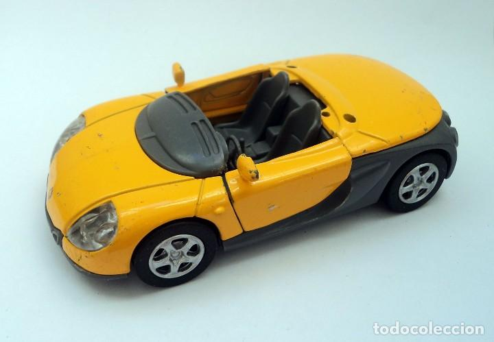 NEW RAY - 1999 RENAULT SPORT SPIDER - ESCALA 1/32 - CHINA COCHE DE METAL (Juguetes - Coches a Escala 1:32)