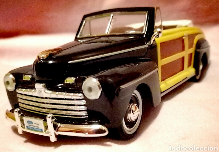 FORD SPORTSMAN 1946 1/32 (Juguetes - Coches a Escala 1:32)