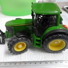 Coches a escala: SIKU TRACTOR JOHNDEERE 1/32 APROX. Lote 103815278