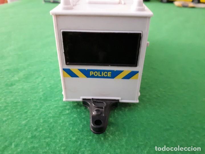 Coches a escala: Caravana Policia – Teama – 2002 – Escala 1/32 - Foto 4 - 131609490
