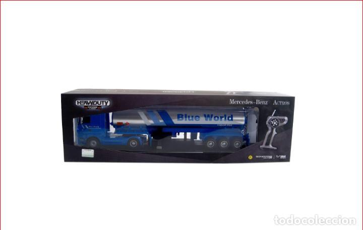 Coches a escala: TRAILER RC BLUE WORLD1:32 NINCO Camión de radio control con sonidos reales, y función de enganche - Foto 4 - 137171622