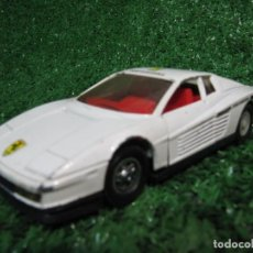 Coches a escala: LOTE COCHE GUISVAL FERRARI TESTAROSSA BLANCO MADE IN SPAIN, ESCALA 1/32. Lote 150604090