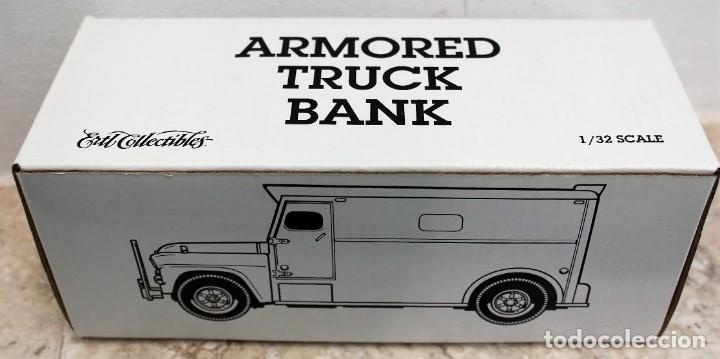 Coches a escala: Camión del dinero Loomis Armored. Marca Ertl Collectibles. - Foto 4 - 160572406