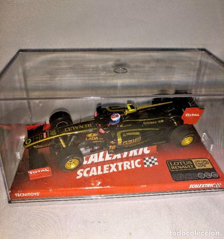 Coches a escala: Coche de scalextric Renault Lotus GP en caja expositora - Foto 12 - 174098828