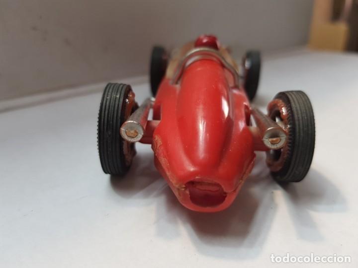 Coches a escala: Coche Friccion Kuxan 102 color rojo raro - Foto 4 - 177121143