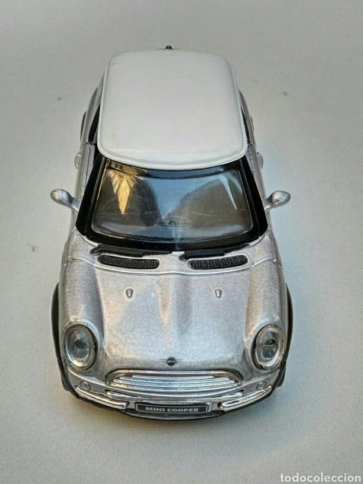 Coches a escala: Coche Mini Cooper 2001 inglés (volante derecha) 1/32 New Ray die-cast - Foto 7 - 181139598