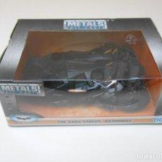 Coches a escala: COCHE BATMAN THE DARK KNIGHT BATMOBILE 1/32 1:32 JADA CAR METAL DIE CAST ALFREEDOM. Lote 198617717