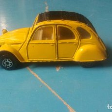 Coches a escala: CITROEN 2 CV - FABRICADO POR MC TOY - ANTIGUO COCHE. Lote 204989547