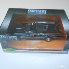 Auto in scala: BATMAN COCHE CLASSIC TV SERIES BATMOBILE MODEL CAR 1/32 1:32 ALFREEDOM. Lote 224598603