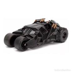 Coches a escala: BATMAN BATMOBILE DARK KNIGHT 1:32 COCHE JADA DIECAST. Lote 207144903