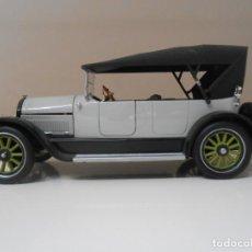 Coches a escala: 9 COCHE CADILLAC 1919 SIGNATURE 1/32 1:32 MODEL CAR MINIATURE MINIATURA ALFREEDOM. Lote 208165792