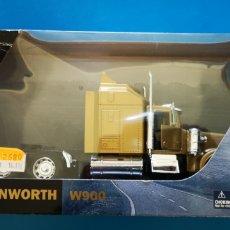 Coches a escala: LONGHAULER KENWORTH W900 CAMION A ESTRENAR. Lote 218336155