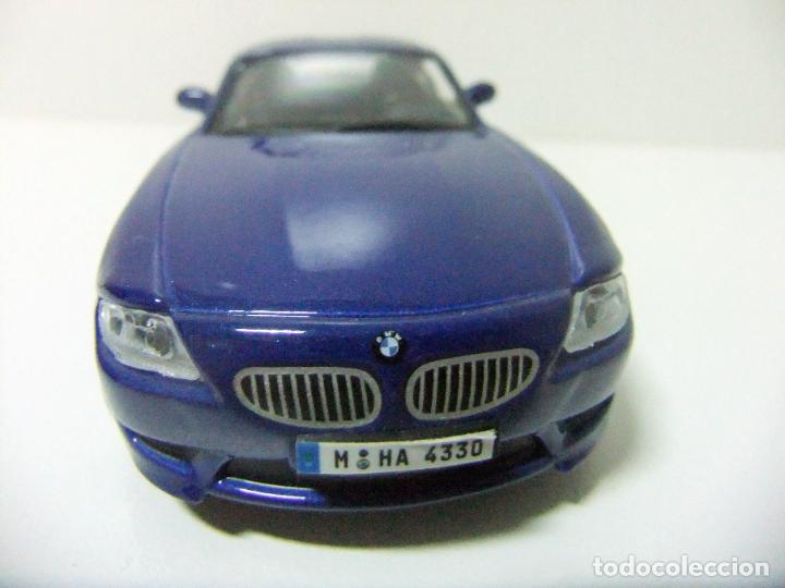 Coches a escala: BMW Z4 M COUPÉ - BURAGO BBURAGO 11635 ESCALA 1:32 - COCHE DEPORTIVO AZUL JUGUETE MINIATURA - Foto 2 - 219911155