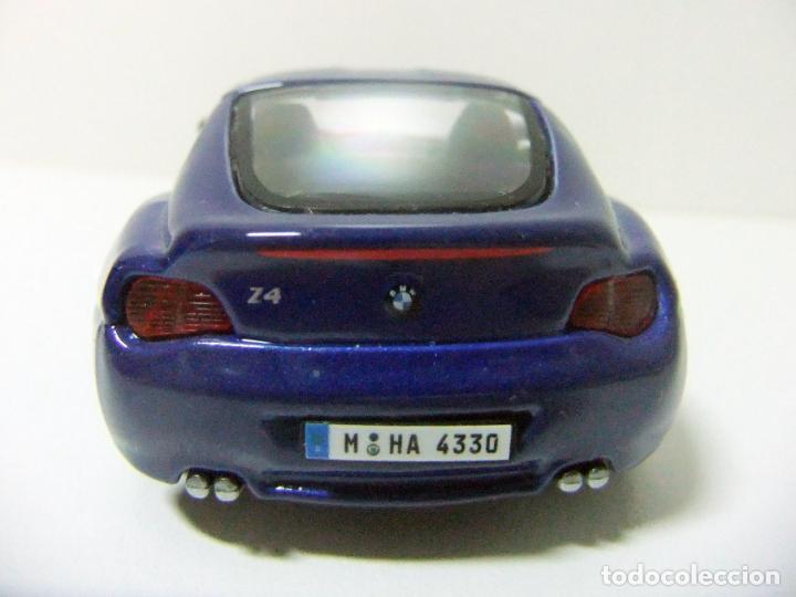 Coches a escala: BMW Z4 M COUPÉ - BURAGO BBURAGO 11635 ESCALA 1:32 - COCHE DEPORTIVO AZUL JUGUETE MINIATURA - Foto 4 - 219911155