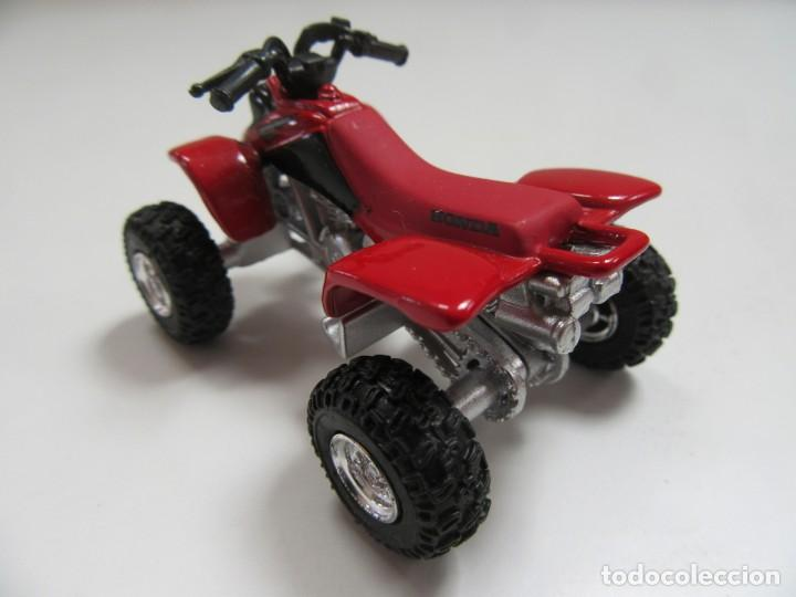 Coches a escala: QUAD HONDA SPORT TRAX 400 - NEW RAY ESCALA 1/32 - Foto 3 - 224336122