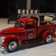 Auto in scala: FURGONETA TEXACO OLD TIMER REPLICA 1940 FORD ESCALA 1:32 COCHE DE BOMBEROS. Lote 225148620