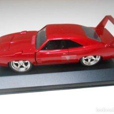 Auto in scala: 1:32 COCHE FAST & FURIOUS DOM DODGE CHARGER DAYTONA CON METACRILATO CAR 1/32. Lote 226888370