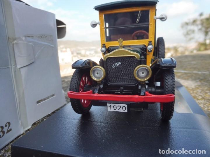 Coches a escala: RBA coche 1:32 con licencia en caja 1920 White Van - Foto 3 - 230199165