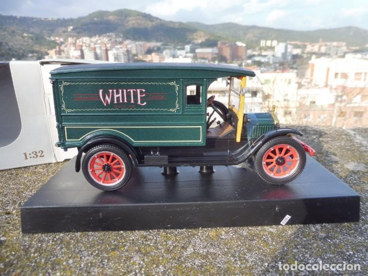 Coches a escala: RBA coche 1:32 con licencia en caja 1920 White Van - Foto 6 - 230199165