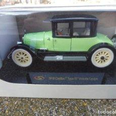Carros em escala: RBA COCHE 1:32 CON LICENCIA EN CAJA 1918 CADILLAC TYPE 57 VICTORIA COUPE. Lote 230200680