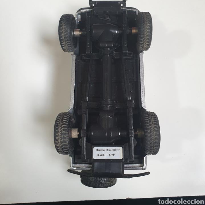 Coches a escala: Mercedes - Ben 300 GD. Escala 1.32. - Foto 9 - 241902170