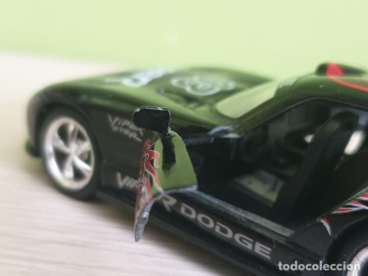 Coches a escala: Precioso Dodge Viper GTS-R. Escala 1/32 Fabricante Kinsmart, con muchos detalles en elacabado. - Foto 6 - 243386280